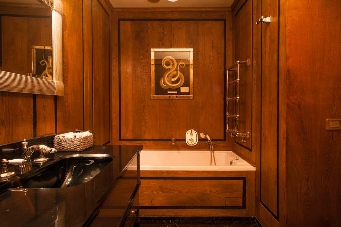 luxury wood counterbalanced bathroom interiors vassalletti